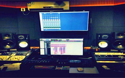 教你一招,到录音棚可以免费录音,原创歌曲制作伴奏都免费