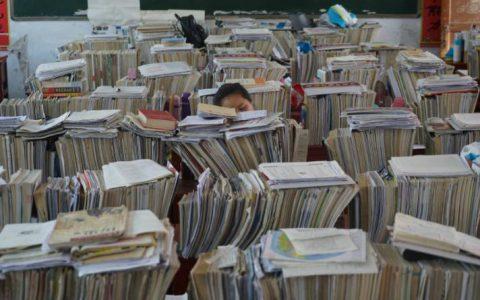 当年的零分高考生,十年后重新高考,网友:没学历混不下去?