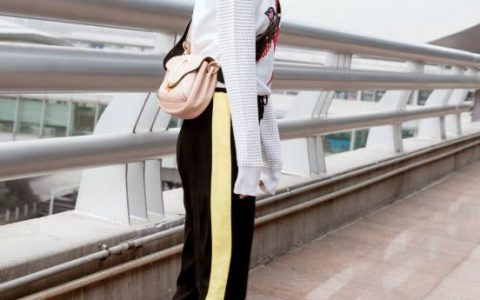 《知否》如兰真会穿,普通的上衣搭运动裤也这么好看,气质真好!