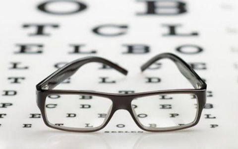 近视眼激光矫正术前术后哪些不能做?