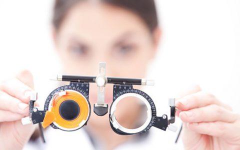 近视和散光哪个更严重?