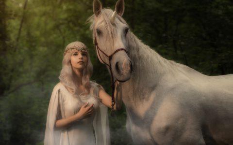 独角兽-女王的坐骑
