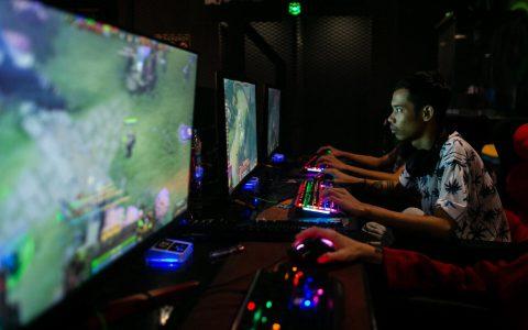 """Dota 2角色扮演游戏增加了""""快速队列""""功能,可将对友放置在队伍的最前面"""