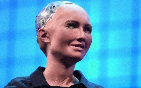 机器人索菲娅设计时无性活动功能