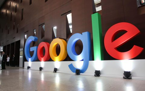 Google新的搜索功能使用高级语音识别和机器学习来提供反馈