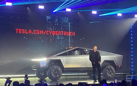 特斯拉推出其Cybertruck,充一次电可跑800公里,起价为39,900美元