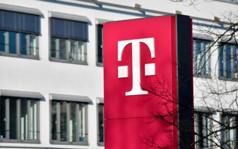 T-Mobile网站数据泄漏,导致黑客可以访问客户的个人数据