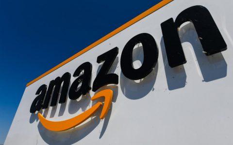 亚马逊状告微软挑战百亿美元JEDI合同