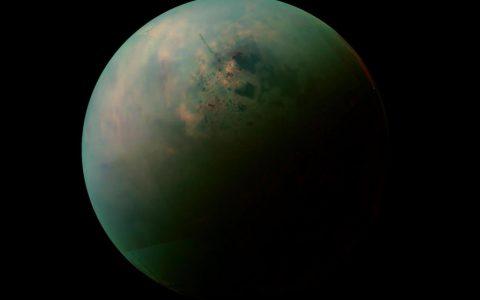 天文学家绘制了土星卫星土卫六的第一张全球地图