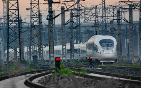 人民日报发文﹕中国经济发展前景光明