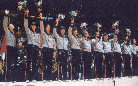 2020贺岁档来临,一起辉煌回顾,中国女排的10个冠军之路