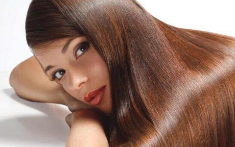 头发干枯分叉,试试这些小技巧,让你的头发更加柔顺