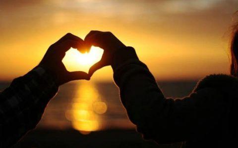爱情 失恋,我们来聊聊那些会让人兴奋又会让人心痛的事儿