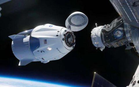 马斯克和他的SpaceX为什么成功?
