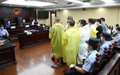 伪造考生假证件,专门组织枪手替考,上海12人代考英语试被判刑