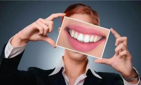 保持牙齿和口腔健康,可降低痴呆症风险?