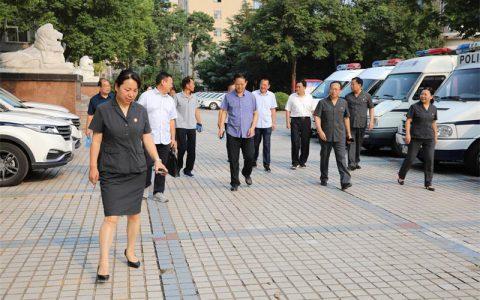 河南省宝丰县人大常委会到法院调研行政审判工作