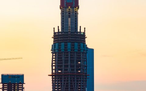 蜀峰468已超成都最高建筑