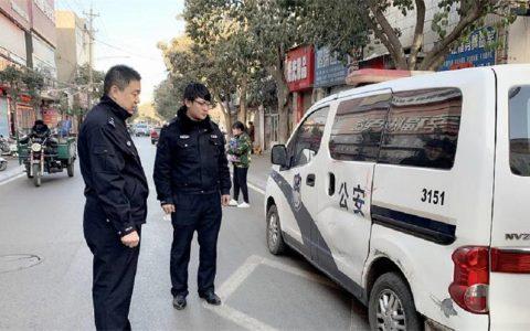 超载、闯卡、蹭坏警车!河南省渑池县一疯狂司机被拘留