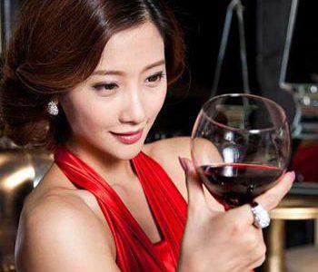 适合初学者品鉴的美乐葡萄酒!梅洛葡萄酒的主要特点!
