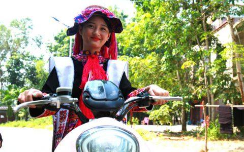 儋州 :关注苗族原生态蜡染文化保护与技艺传承